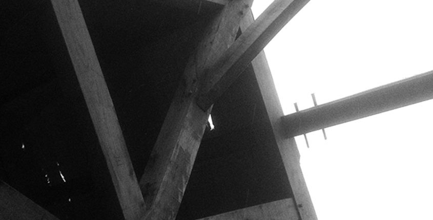 black and white king post trusses